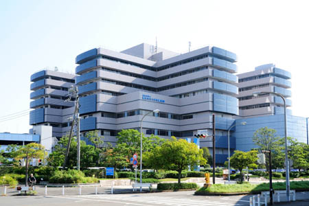 横浜市立大学附属病院
