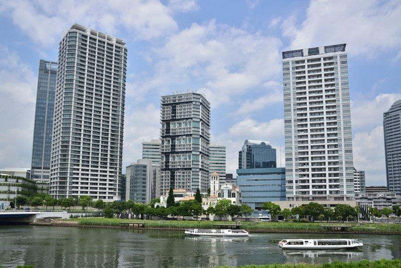 横浜ポートサイドの街並み