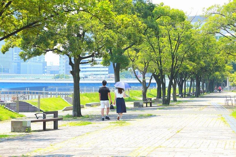 「ポートサイド公園」